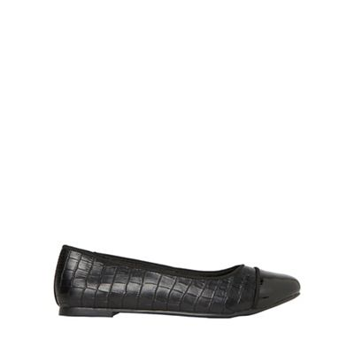 Dorothy Perkins - Black croc paris pumps