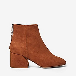 Dorothy Perkins - Wide fit tan adore boots