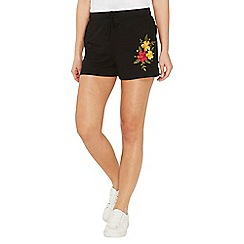 Dorothy Perkins - Black floral embroidered shorts
