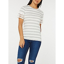 Dorothy Perkins - Grey striped daisy trim t-shirt