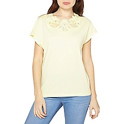 Dorothy Perkins - Lemon lace yoke t-shirt