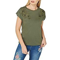 Dorothy Perkins - Khaki floral applique t-shirt