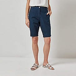 Dorothy Perkins - Navy Knee Shorts