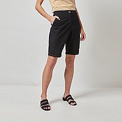 Dorothy Perkins - Black Knee Shorts