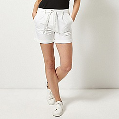 Dorothy Perkins - White Chino Shorts
