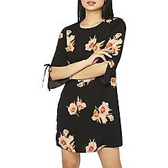Dorothy Perkins - Petite black floral shift dress