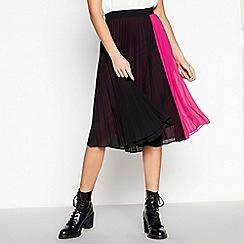 Vero Moda - Black Pleated 'Sol' Midi Length Skirt