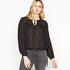 Levi's - Black 'Aysha' Notch Neck Blouse