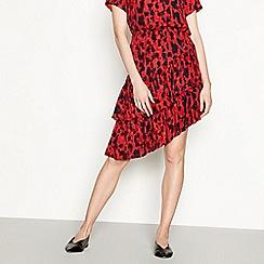 Vero Moda - Red leopard print 'Savannah' asymmetrical ruffled skirt
