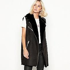 de27b2e06455 Vero Moda - Black suedette faux fur lined  August  sleeveless jacket