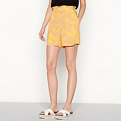 Moves - Gold floral print 'Vania' loose fit shorts