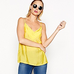 Moves - Yellow pleated neckline 'Tulli' camisole top
