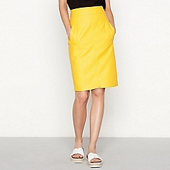 Moves - Gold faux leather 'Osilia' knee length skirt