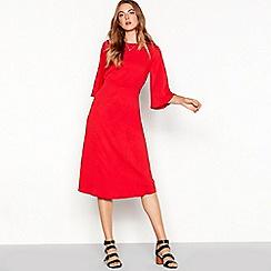 Vila - Red half length sleeve open back midi dress