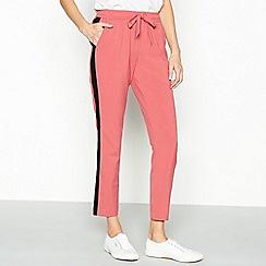 Vila - Pink striped trim 'Elov' jogger trousers