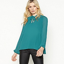 Vila - Green Pleated Plissé 'Vislet' Top