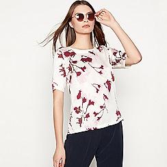 Minimum - White 'Carmen' floral print top