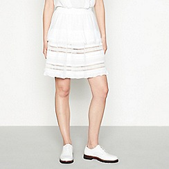 Stella Nova - White textured lace trim cotton mini tiered skirt