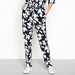 mbyM - Multicoloured floral print 'Heartbreaker' casual trousers