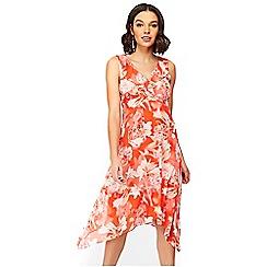 Wallis - Petite red floral print hanky hem skater dress