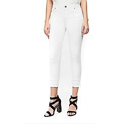 Wallis - Petite white triple fray jeans