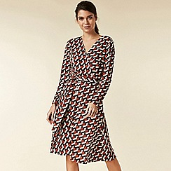 Wallis - Petite rust geometric print dress