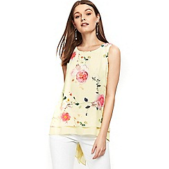 Wallis - Petite lemon floral print layered top