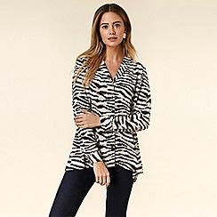 Wallis - Petite Blue Zebra Print Asymmetric Shirt