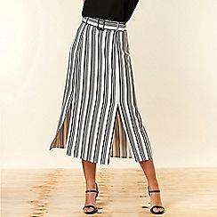Wallis - Petite Mono Stripe Belted Skirt