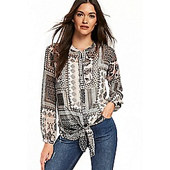 Wallis - Patchwork print tie front top