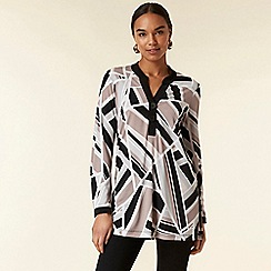 Wallis - Black geometric print shirt