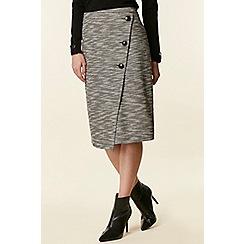 Wallis - Mono asymmetric button skirt