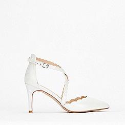 Wallis - White Scalloped Cross Strap Court Shoes