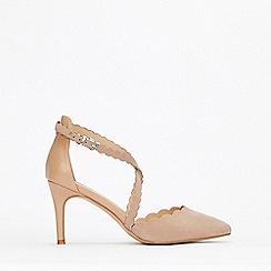 Wallis - Camel Cross Strap Court Shoes