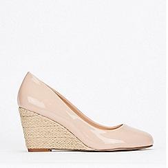 Wallis - Stone Wedge Court Shoes