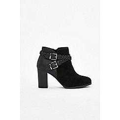 Wallis - Black plaited heeled ankle boots