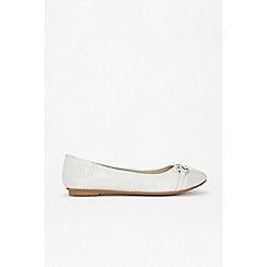 Wallis - Grey toecap detail ballerina shoes