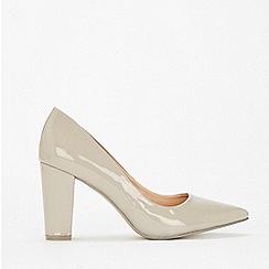 Wallis - Grey pointed block heel court shoes