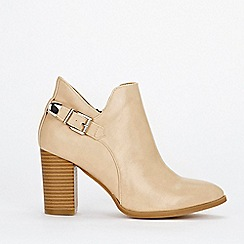 Wallis - Tan deep cut buckle ankle boots