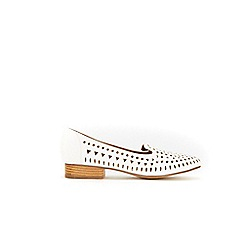 Wallis - White laser cut detail loafers
