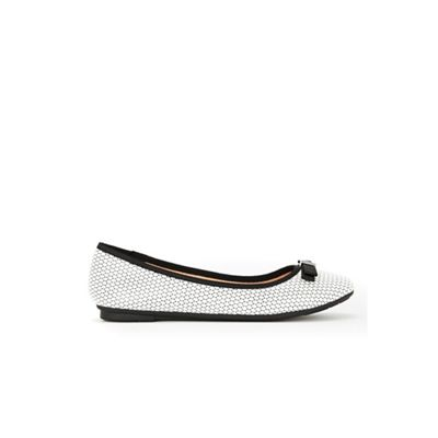 Wallis - Monochrome trim ballerina Fashionable and eye-catching shoes