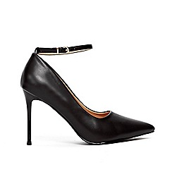 Wallis - Black point and ankle strap court shoes