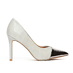 Wallis - Grey toe cap pointed court shoes