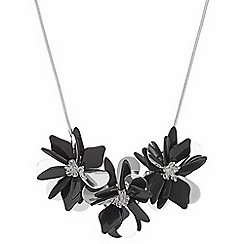 The Collection - Beaded flower necklace