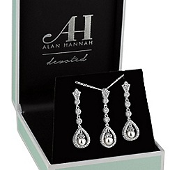 Alan Hannah Devoted - Silver peardrop pearl jewellery set