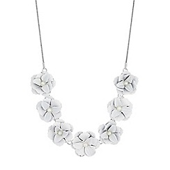 Red Herring - Pearl flower necklace