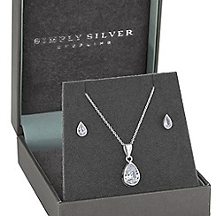 Simply Silver - Besel set teardrop pendant set