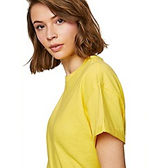 Miss Selfridge - Yellow chopped t-shirt