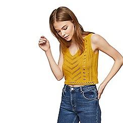 Miss Selfridge - Ochre v- neck front crochet vest top
