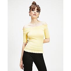Miss Selfridge - Yellow Bardot frill hem knitted top